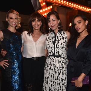 January Jones, Mary Steenburgen, Kristen Schaal, Cleo Coleman