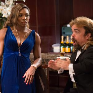 Still of Peter Dinklage and Serena Williams in Pikseliai 2015