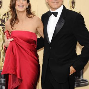 George Clooney and Elisabetta Canalis at event of The 82nd Annual Academy Awards (2010)