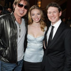 Billy Ray Cyrus, Lukas Behnken and Katherine Boecher at event of Kaimynas snipas (2010)