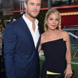 Christina Applegate, Chris Hemsworth