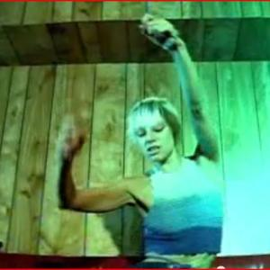 LENNY KRAVITZ, MUSIC VIDEO FLY AWAY