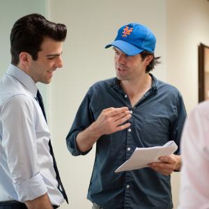Still of Zachary Quinto and J.C. Chandor in Rizikos riba (2011)