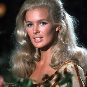 The Big Valley Linda Evans on the set 1966 ABC