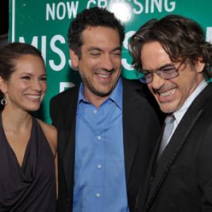 Robert Downey Jr., Todd Phillips and Susan Downey at event of Vingiuotas kelias namo (2010)