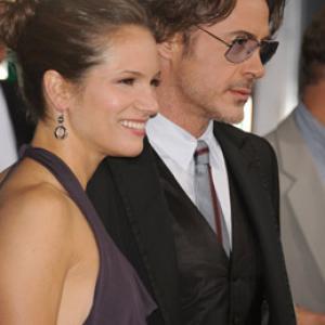 Robert Downey Jr. and Susan Downey at event of Vingiuotas kelias namo (2010)