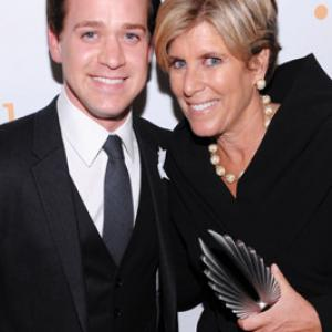 T.R. Knight, Suze Orman