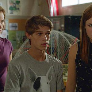 Still of Colin Ford, Mackenzie Lintz and Grace Victoria Cox in Under the Dome (2013)