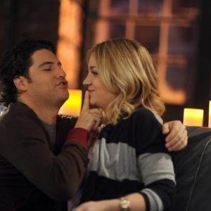 Still of Adam Pally and Abby Elliott in Happy Endings (2011)