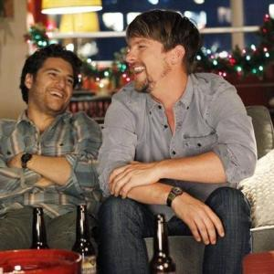 Still of Zachary Knighton and Adam Pally in Happy Endings (2011)