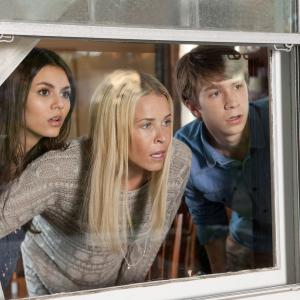 Still of Chelsea Handler, Victoria Justice and Thomas Mann in Fun Size (2012)