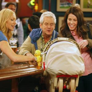 Still of Lenny Clarke, Laura Prepon and Chelsea Handler in Are You There, Chelsea? (2012)