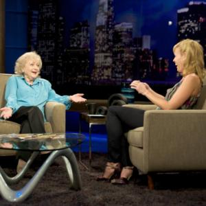 Still of Betty White and Chelsea Handler in Chelsea Lately (2007)