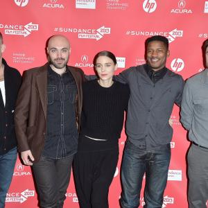 Casey Affleck, Ben Foster, David Lowery, Nate Parker and Rooney Mara at event of Ain't Them Bodies Saints (2013)