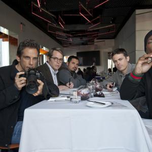 Still of Matthew Broderick, Casey Affleck, Ben Stiller and Michael Peña in Dangoraizio apiplesimas (2011)