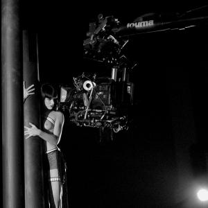Female against the machine, shooting of