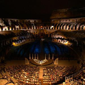 HD shooting Presentation Gulietta e Romeo in Colosseum