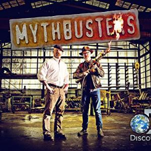 Still of Adam Savage and Jamie Hyneman in MythBusters: Unfinished Business (2015)