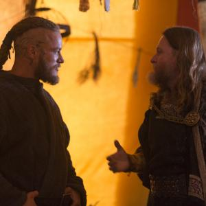 Still of Donal Logue and Travis Fimmel in Vikings Sacrifice 2013