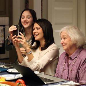 Still of Rebecca Schull, Haley Ramm and Italia Ricci in Chasing Life (2014)