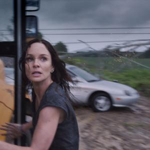 Still of Sarah Wayne Callies in Into the Storm (2014)