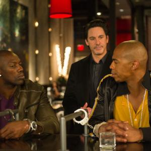 Still of Scott Cohen, Terrell Owens and Mehcad Brooks in Necessary Roughness (2011)