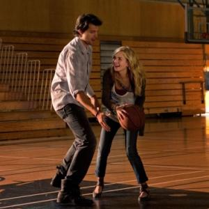 Still of Kristoffer Polaha and Britt Robertson in Life Unexpected 2010