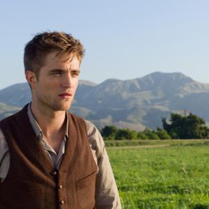 Still of Robert Pattinson in Vanduo drambliams 2011