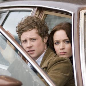 Still of Emily Blunt and Ashton Holmes in Wind Chill 2007