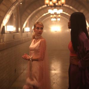 Still of Emma Roberts and Keke Palmer in Scream Queens (2015)