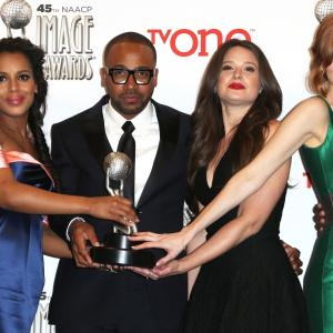 Kerry Washington, Columbus Short, Darby Stanchfield, Katie Lowes
