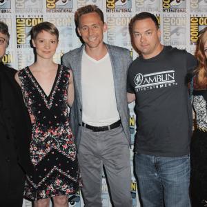 Guillermo del Toro, Tom Hiddleston, Jessica Chastain, Mia Wasikowska and Thomas Tull at event of Purpurine kalva (2015)