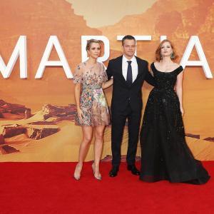 Matt Damon, Kristen Wiig and Jessica Chastain at event of Marsietis (2015)