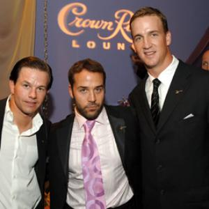 Mark Wahlberg, Jeremy Piven and Peyton Manning at event of ESPY Awards (2005)