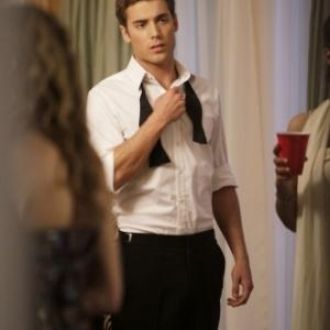 Still of Dustin Milligan in 90210 (2008)