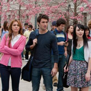 Still of Miley Cyrus, Lauren McKnight and Josh Bowman in So Undercover (2012)