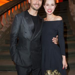 Julian Morris, Alona Tal