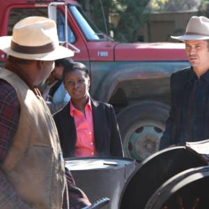 Still of Timothy Olyphant Mykelti Williamson and Erica Tazel in Justified 2010