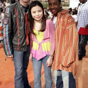 Drake Bell, Miranda Cosgrove and Little JJ at event of Nickelodeon Kids' Choice Awards '05 (2005)