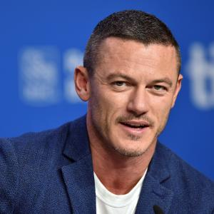 Luke Evans at event of High-Rise (2015)