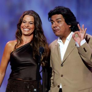 Sofa Vergara and George Lopez at event of ESPY Awards 2003