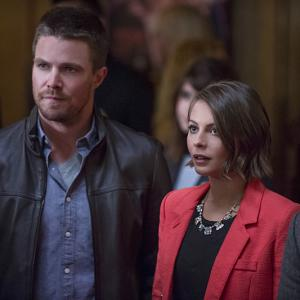 Willa Holland, Stephen Amell