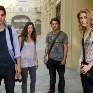 Still of Emile Hirsch, Max Minghella, Rachael Taylor and Olivia Thirlby in Tamsiausia valanda (2011)