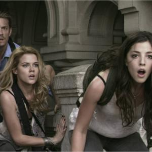 Still of Joel Kinnaman, Rachael Taylor and Olivia Thirlby in Tamsiausia valanda (2011)
