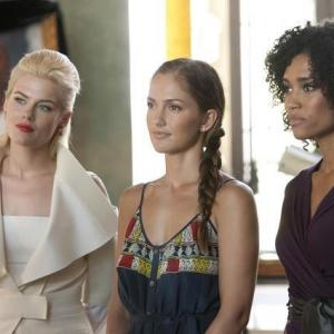 Still of Minka Kelly, Rachael Taylor and Annie Ilonzeh in Charlie's Angels (2011)