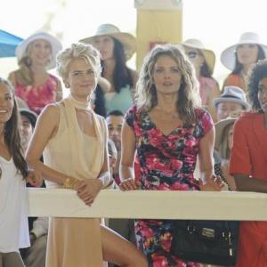 Still of Dina Meyer, Minka Kelly, Rachael Taylor and Annie Ilonzeh in Charlie's Angels (2011)