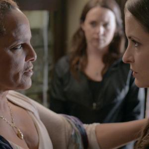 Shari Belafonte as Dr. Hunt and Kathleen Davison as Robin in Primrose Lane