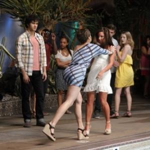 Still of Jessica Stroup and Jessica Lowndes in 90210 (2008)