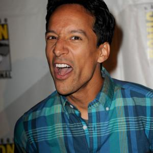 Danny Pudi at event of Community 2009