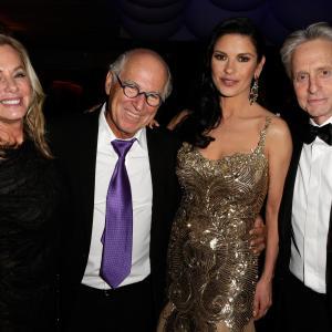 Michael Douglas Catherine ZetaJones and Jimmy Buffett